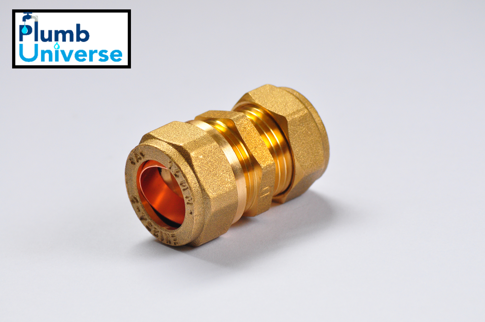 16mm Plastic Pipe to 15mm Copper Brass Pipe Coupling Connector Underfloor Heating Pipe
